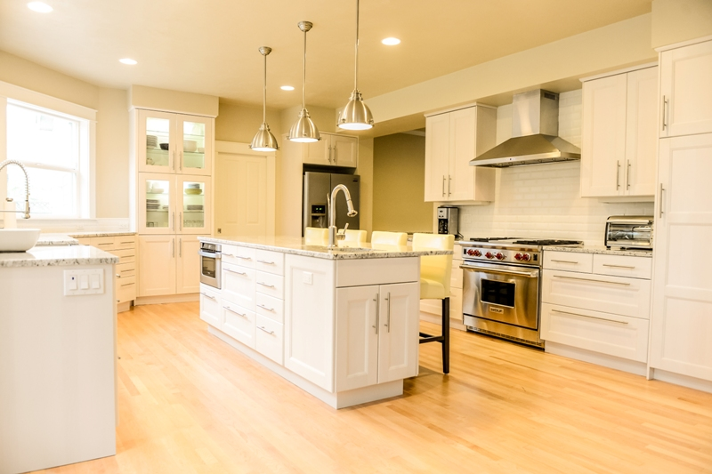 Good Kitchen Makeover Contractor In