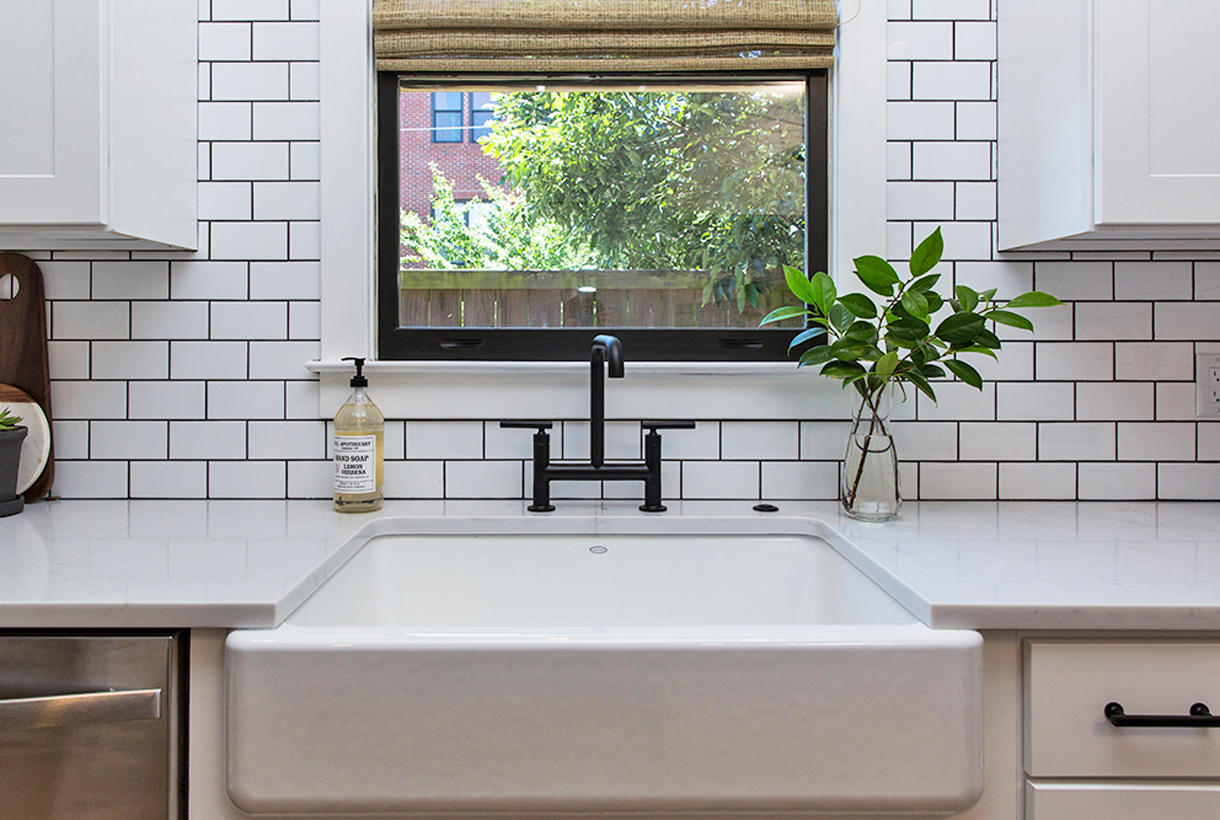 How To Create A Backsplash With Different Types Of Tiles