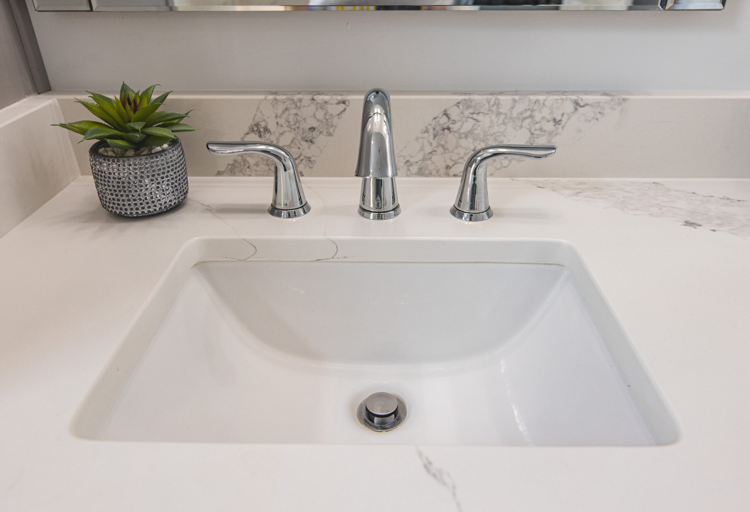 bathroom redesign contractors